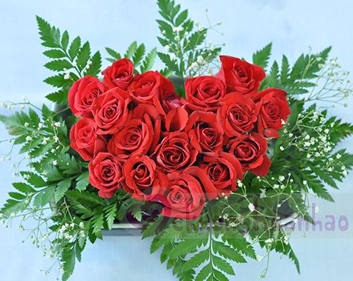 Bật mí cách cắm hoa hồng hình trái tim lãng mạn hình ảnh 5