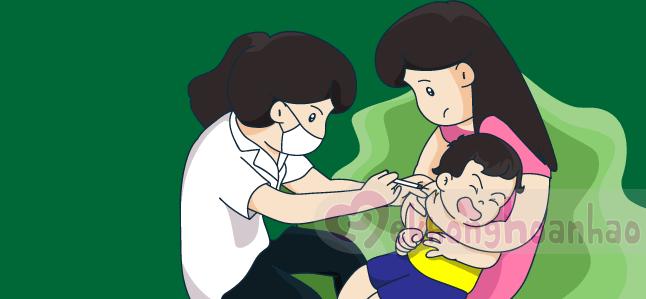 10 điều bố mẹ cần biết khi tiêm chủng cho trẻ sơ sinh