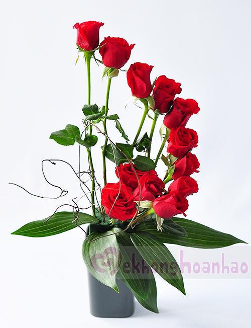 Mãn nhãn với bộ sưu tập cách cắm hoa hồng đẹp tinh tế hình 30