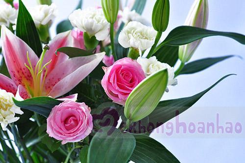 Mãn nhãn với bộ sưu tập cách cắm hoa hồng đẹp tinh tế hình 20