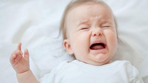 Tìm hiểu những nguyên nhân khiến trẻ quấy khóc nhiều