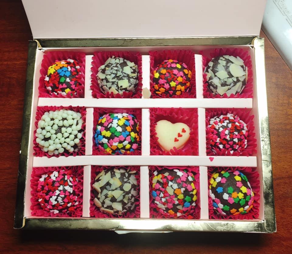 Hướng dẫn cách làm quà tặng Valentine cho nàng ý nghĩa hình 13