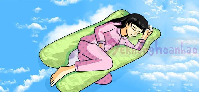 3 tư thế nằm ngủ tốt cho bà bầu khi mang thai 3 tháng đầu