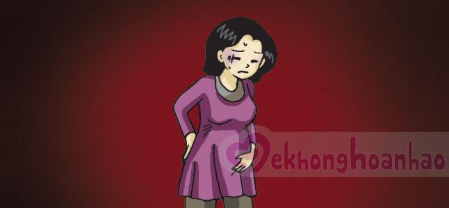 Đau bụng dưới khi mang thai tháng đầu tiên