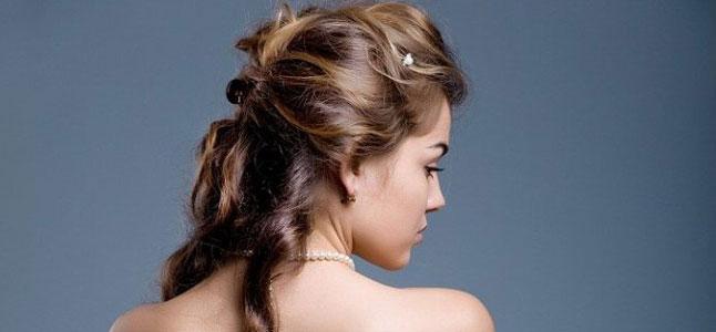 3 cách làm tóc đẹp cho ngày Valentine ngọt ngào