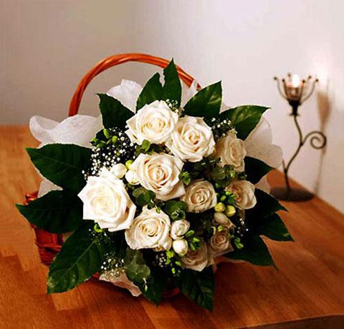 Mãn nhãn với bộ sưu tập cách cắm hoa hồng đẹp tinh tế hình 43