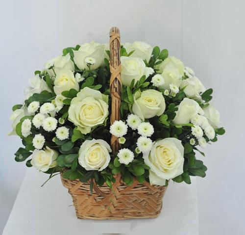 Mãn nhãn với bộ sưu tập cách cắm hoa hồng đẹp tinh tế hình 42